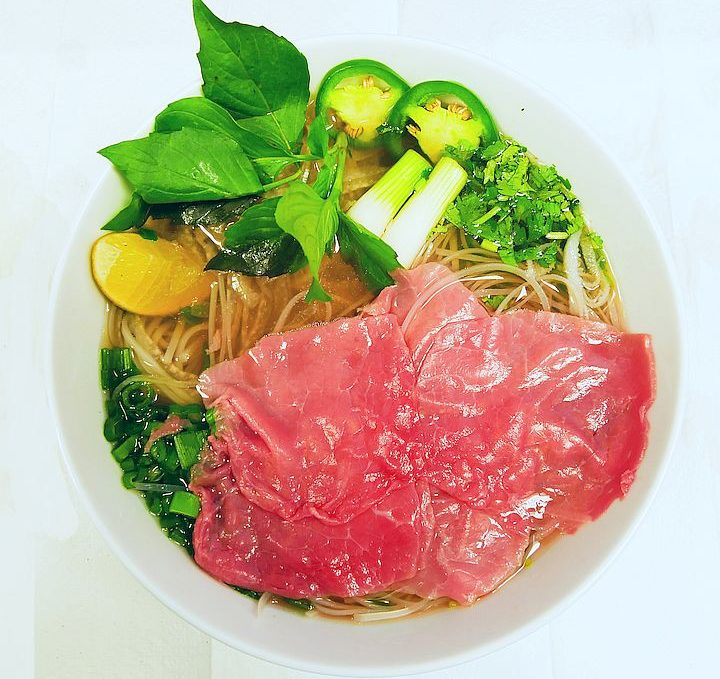 Eye Round Steak Pho / Phở Tái